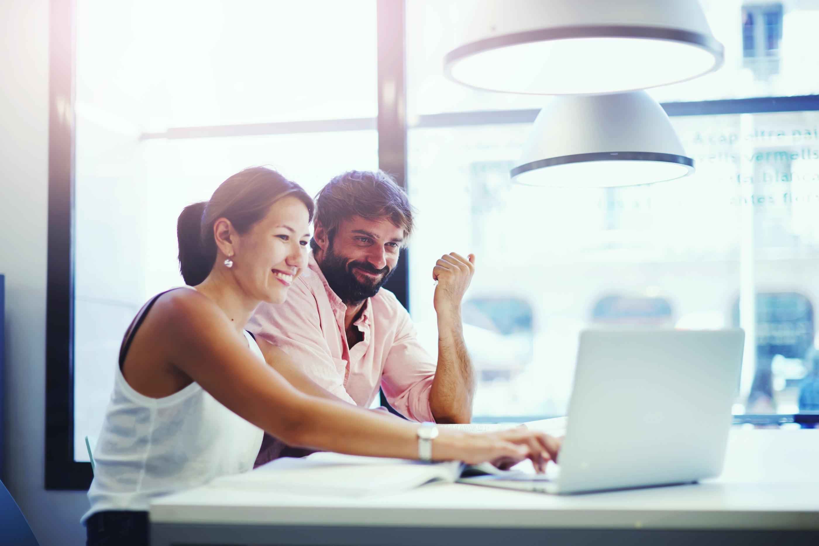 AGA-online-enrolling-insurance.jpg?t=1487779947000
